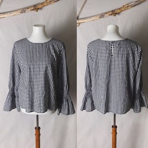14TH & UNION Gingham Plaid Bell Sleeve Top